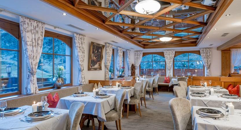 Hotel Wiesental, Obergurgl, Austria - Dining area (2)