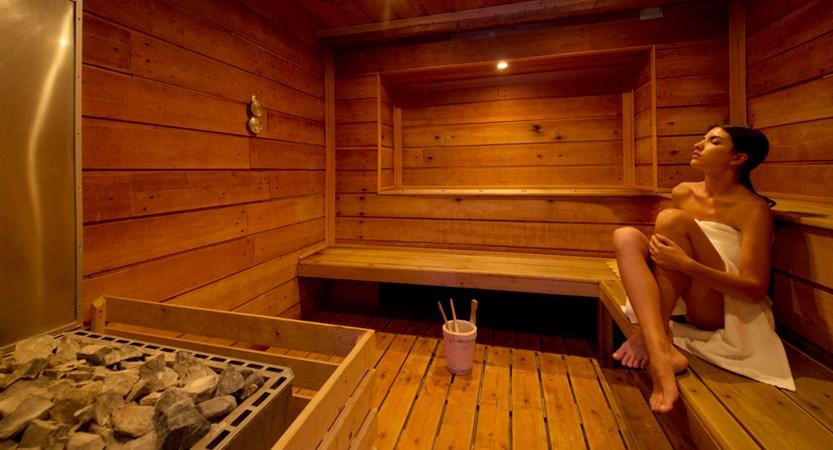italy_milky-way_sauze-d'oulx_hotel-la-torre_sauna.jpg
