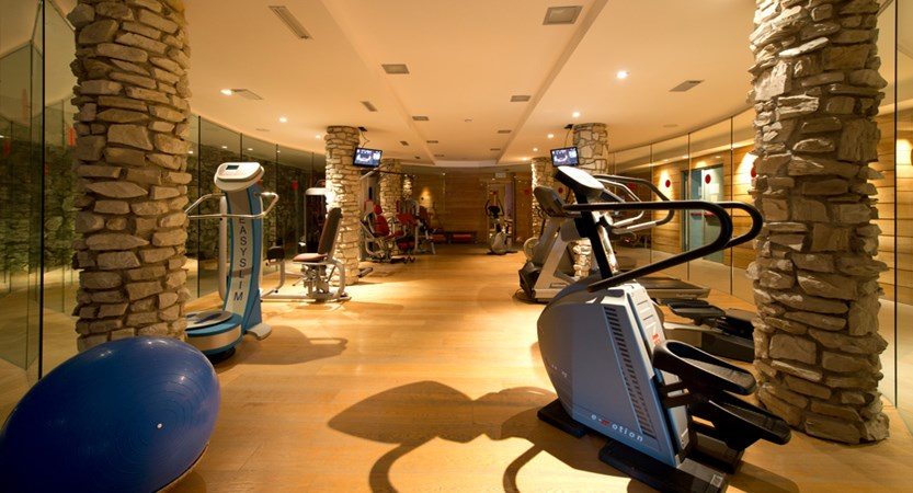 italy_milky-way_sauze-d'oulx_hotel-la-torre_gym.jpg