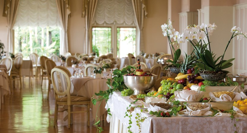 Grand Hotel, Gardone Riviera, Breakfast Buffet.jpg