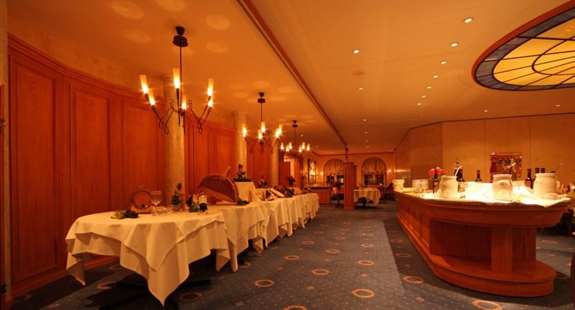 CHDV Central Sport HB Restaurant.JPG
