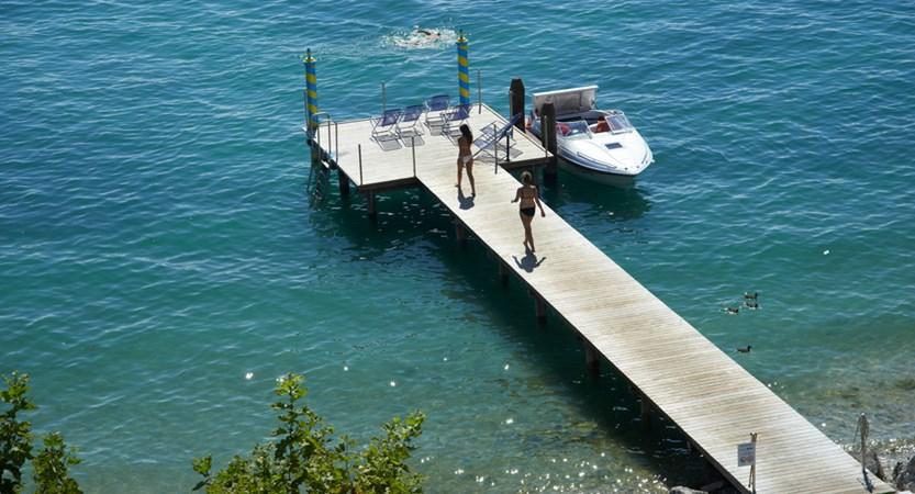 Hotel Kriss Internazionale, Bardolino, Lake Garda, Italy - Aerial view of jetty.jpg