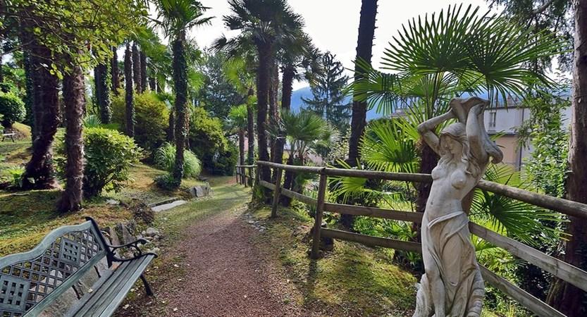 Grand Hotel Cadenabbia, Cadenabbia, Lake Como, Italy - garden.jpg