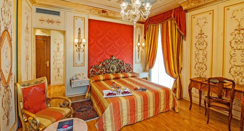 Hotel Regina Palace, Stresa, Lake Maggiore, Italy - Bedroom 3.jpg