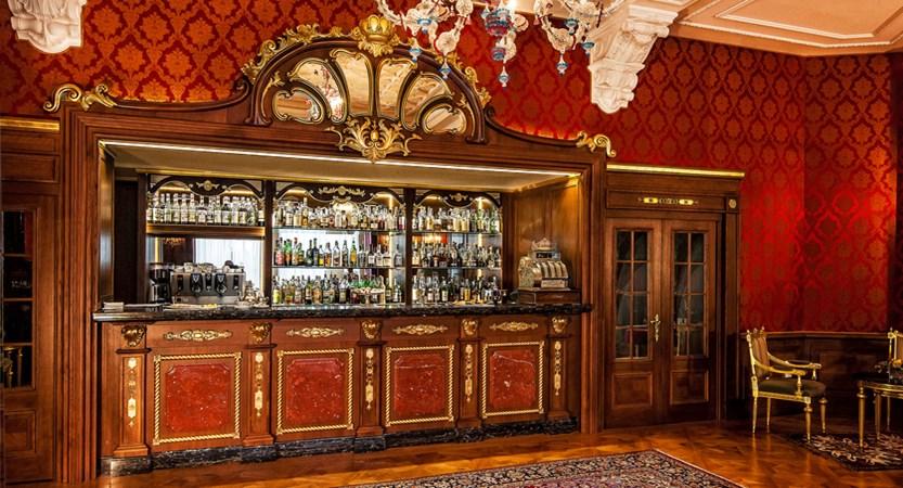 Hotel Regina Palace, Stresa, Lake Maggiore, Italy - Bar.jpg