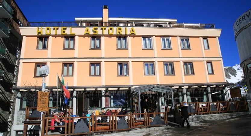 Italy_Cervinia_hotel_Astoria_Exterior2.JPG