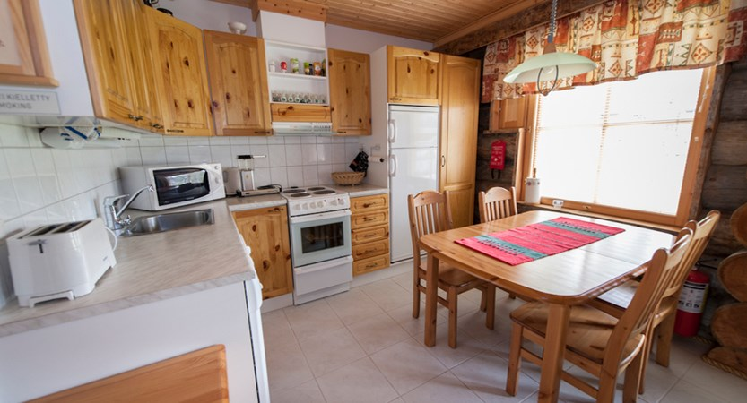 Finland_Lapland_Levi_Levi_log_cabins_Kitchen.jpg (1)