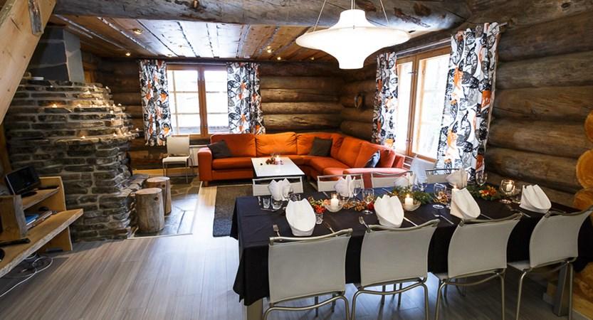 Finland_Lapland_Levi_Levi_log_cabins_lounge.jpg