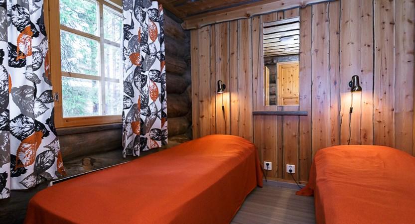 Finland_Lapland_Levi_Levi_log_cabins_Bedroom.jpg