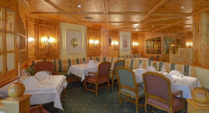 CHKL Silvretta Park Klosters HB restaurant Rotisserie 2.jpg