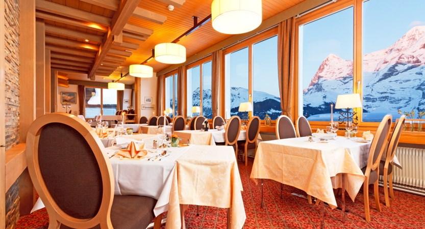 Hotel Eiger Mürren Restaurant HP 01.JPG