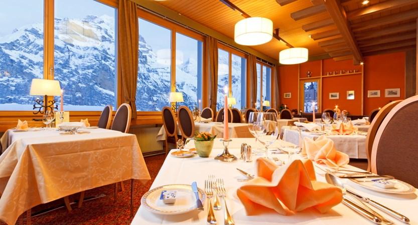 Hotel Eiger Mürren Restaurant HP 02.JPG