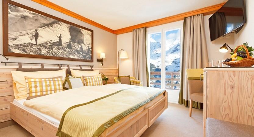 Hotel Eiger Mürren Zimmer Doppelzimmer Superior 03.jpg