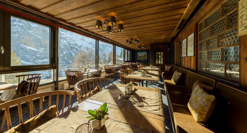 hotel_eiger_muerren Restaurant day 02.jpg