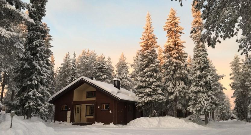 Finland_Lapland_Levi_Immelmokit-Cabins_exterior3.jpg