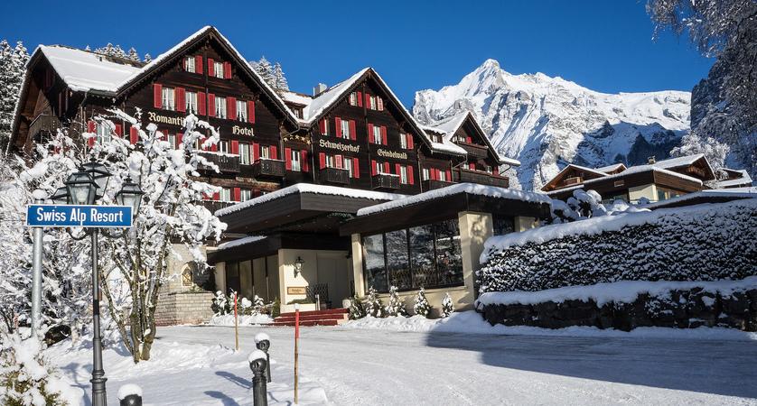 Hotel Winter wide_web.jpg