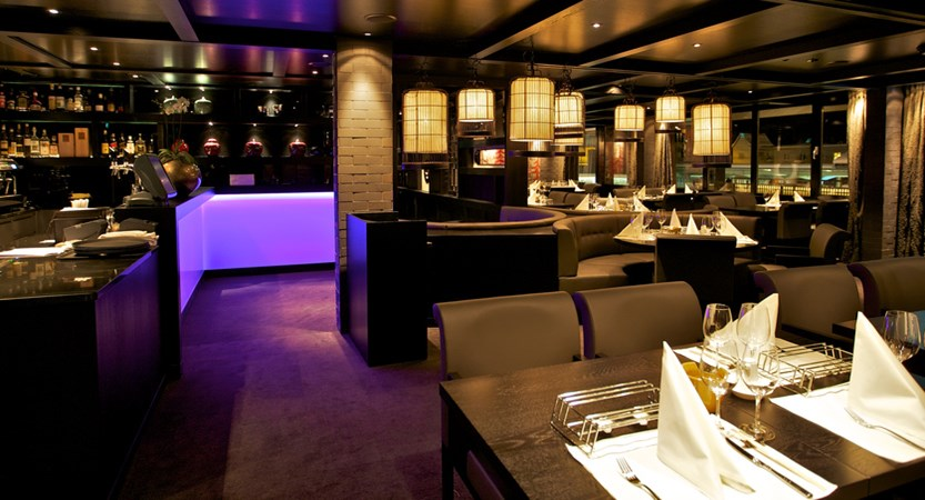 CHDV Hotel Grischa a La carte Golden Dragon restaurant.jpg