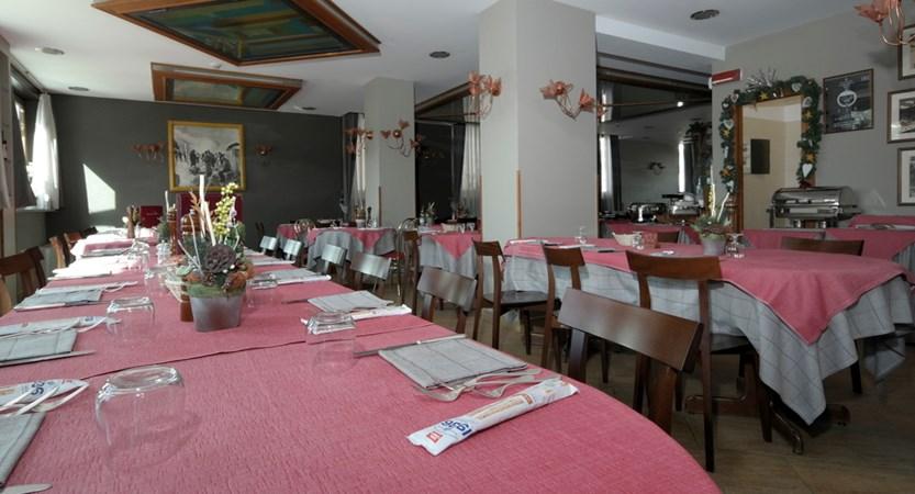Italy_Cervinia_hotel_Astoria_Restaurant.JPG (1)