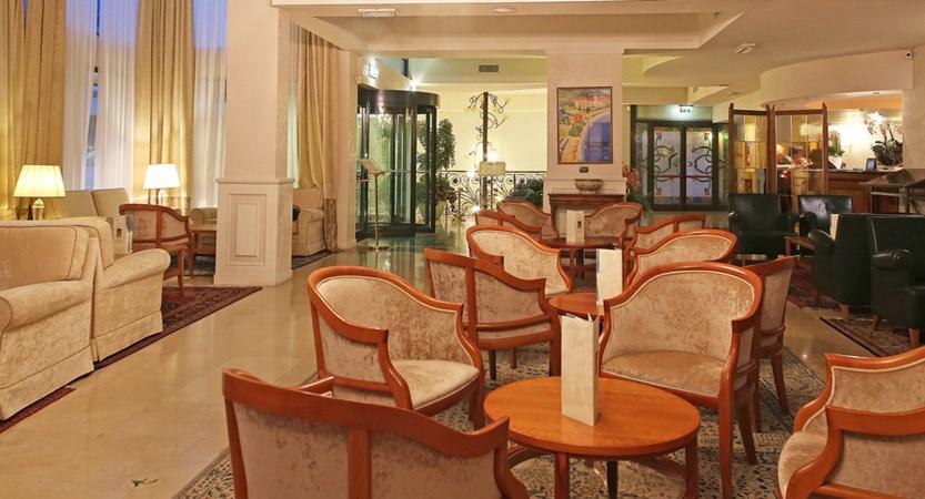 Hotel Savoy Palace, Gardone Riviera, Lake Garda, Italy - Bar area.JPG