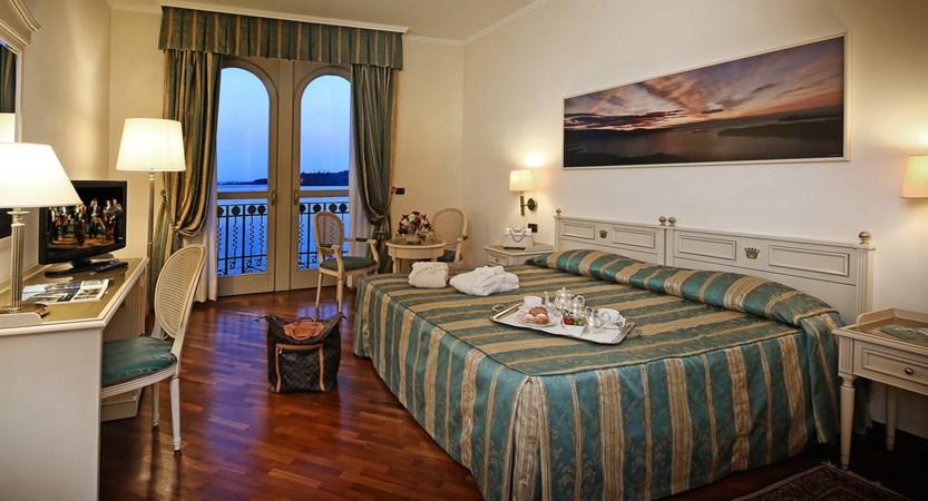 Hotel Savoy Palace, Gardone Riviera, Lake Garda, Italy - bedroom 4.jpg
