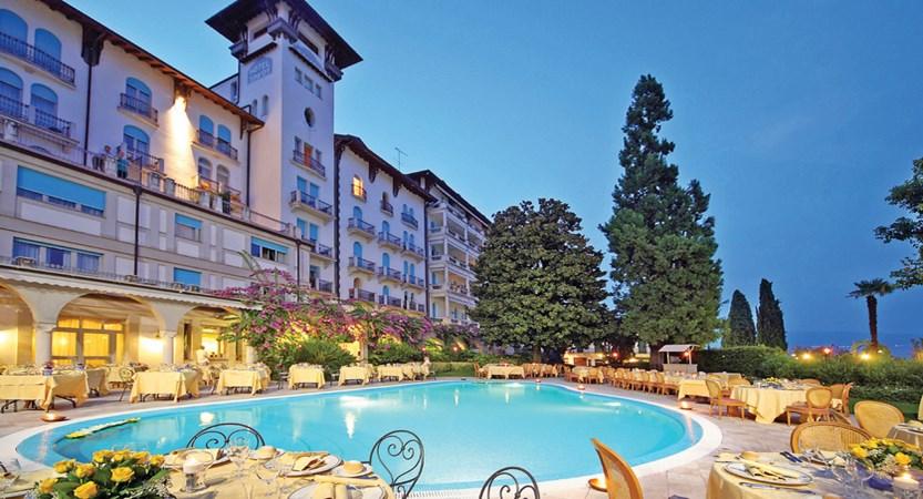 Hotel Savoy Palace, Gardone Riviera, Lake Garda, Italy - exterior with pool.jpg.JPG
