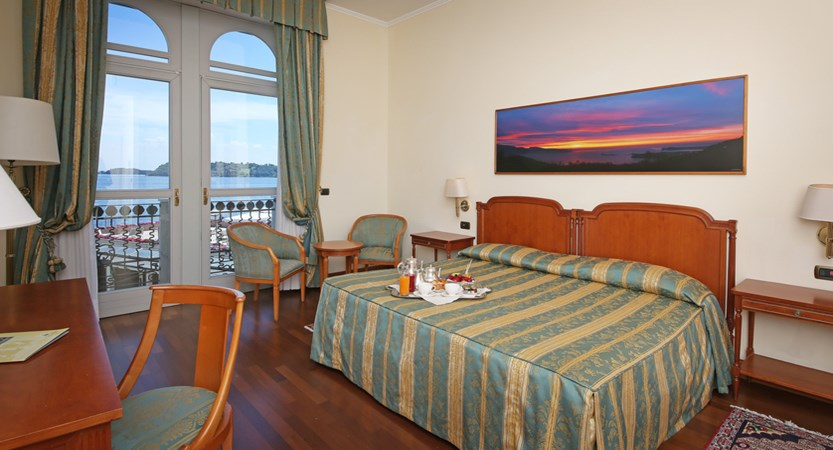 Hotel Savoy Palace, Gardone Riviera, Lake Garda, Italy - bedroom 2.JPG