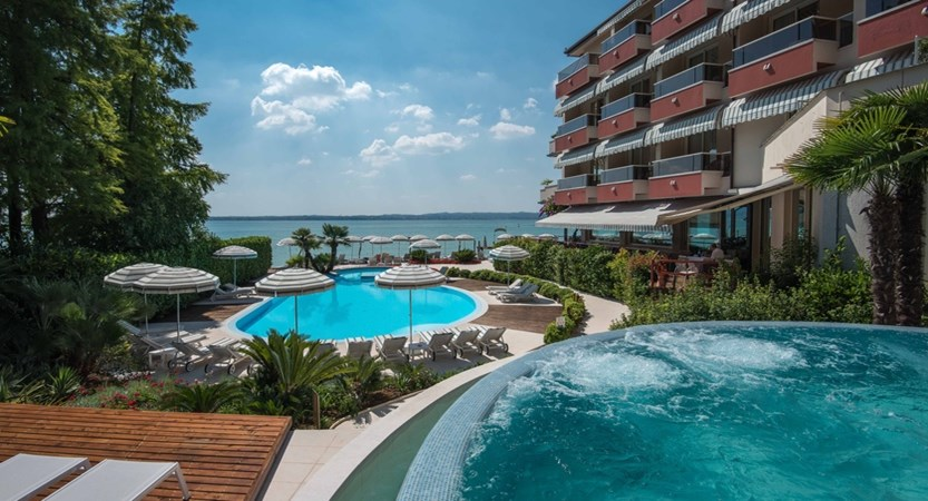 Hotel Continental, Sirmione, Lake Garda, Italy - Exterior with pool.JPG