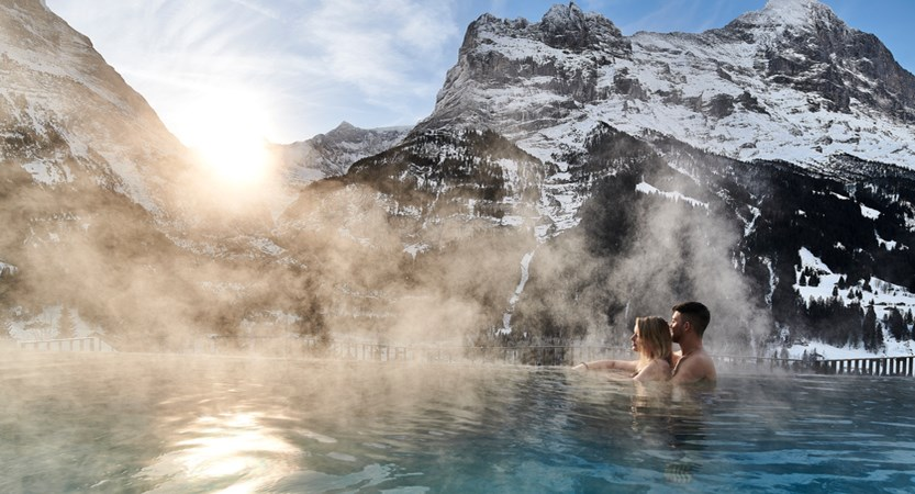 Infinitypool mit Martina & Jozo Wellness Hotel Spinne Grindelwald.jpg