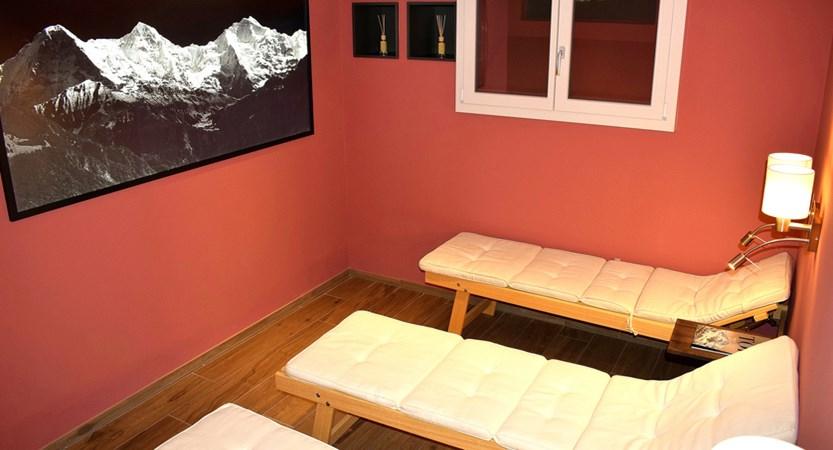 61 Sauna relax area.JPG
