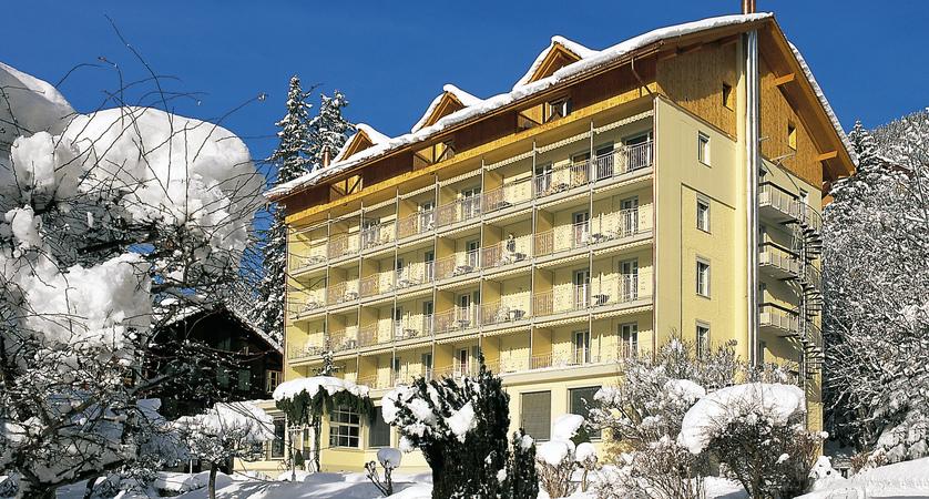 1 - Hotel Wengener Hof winter.jpg