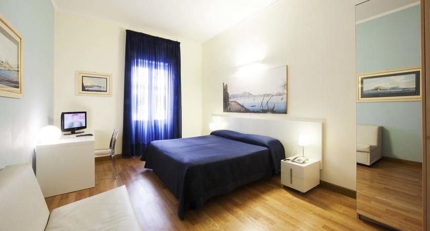Hotel-Rex-Naples-Room.jpg