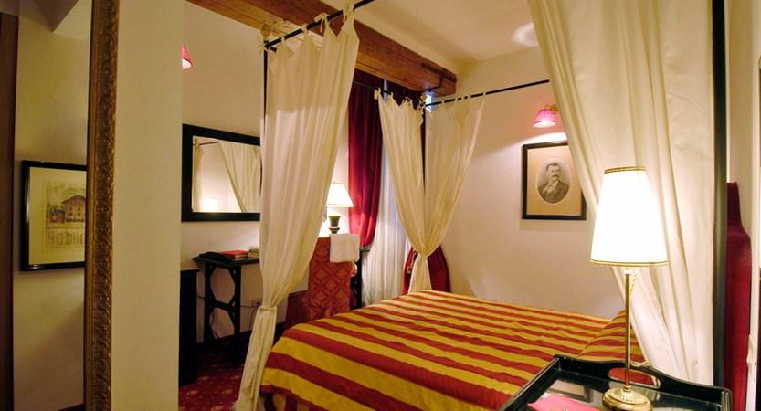 Hotel-Cellai-Florence-Room.jpg