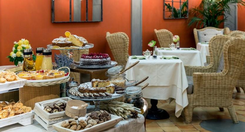 Helvetia-And-Bristol-Florence-Breakfast-Room.jpg