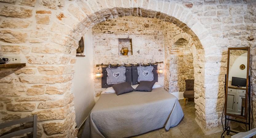 Trulli-Houses-Bedroom.jpg
