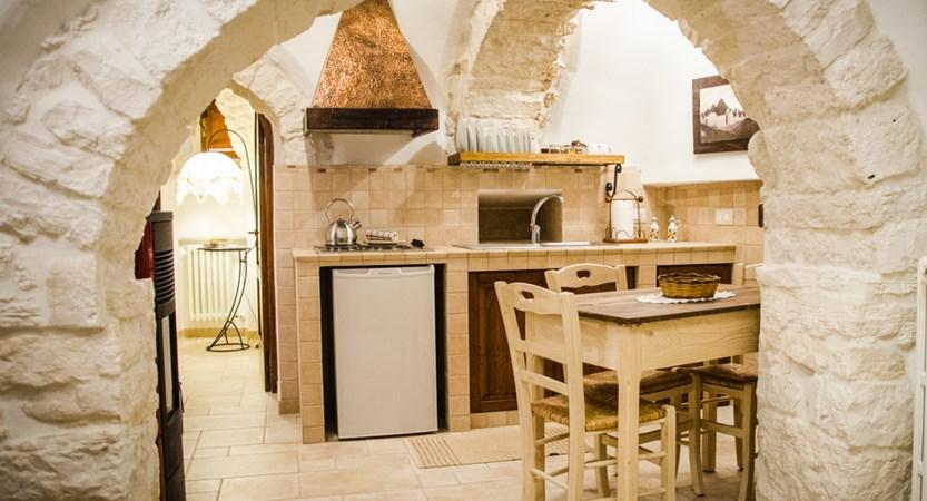 Trulli-Houses-Kitchen-Dining-Area.jpg