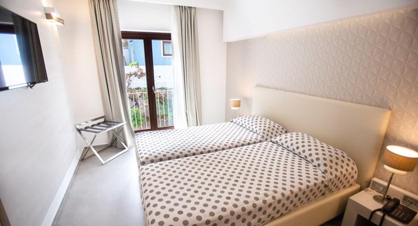 Hotel-Monte-Sarago-comfort-Room.jpg