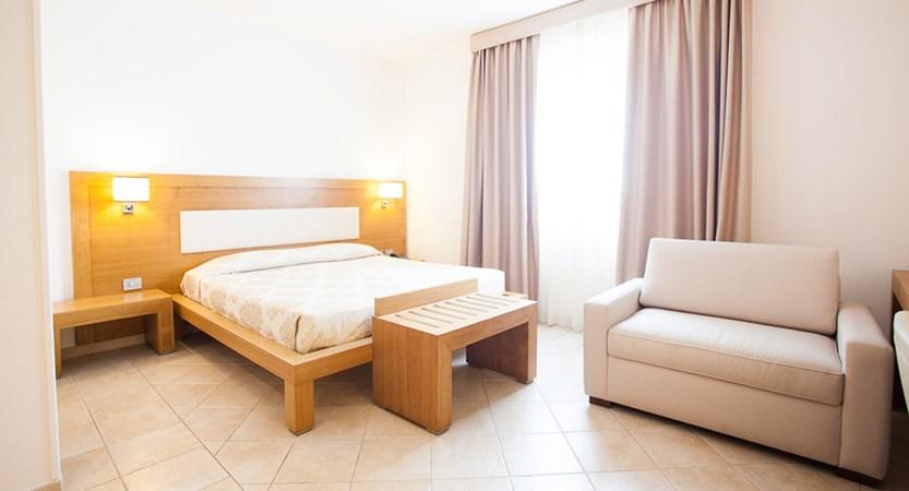 Hotel-Monte-Sarago-Room.jpg