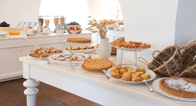 Ostuni-Rosa-Marina-Resort-Breakfast.JPG