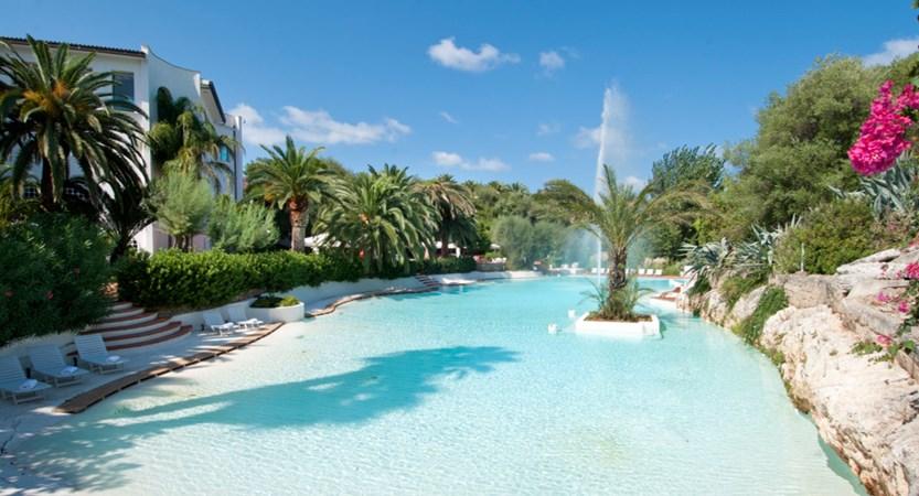 Ostuni-Rosa-Marina-Resort-Pool.JPG