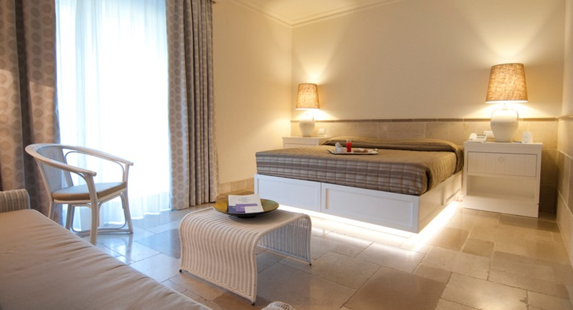 Ostuni-Rosa-Marina-Resort-Bedroom.JPG