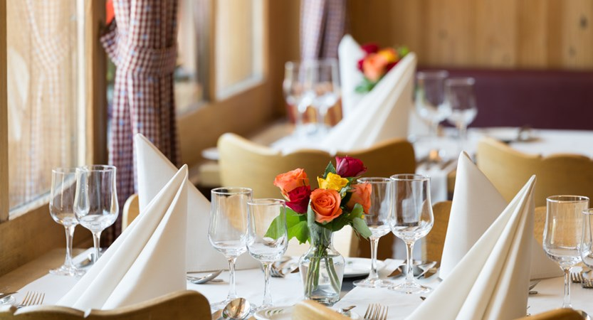 Restaurant (winter only).jpg