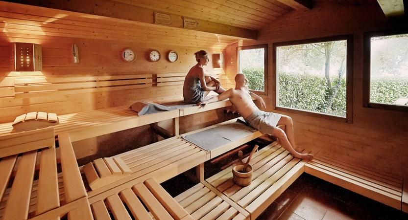 Finnische Sauna.jpg