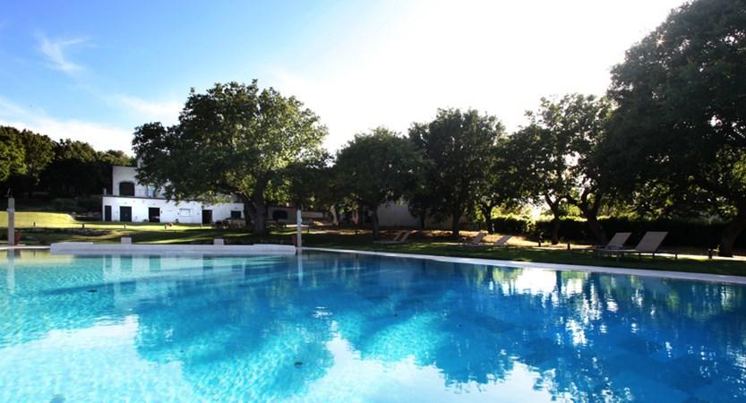 Tenuta-Monacelli-Swimmingpool.jpg