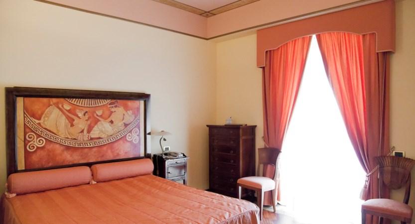 Hotel-Tritone-Deluxe-Room.jpg