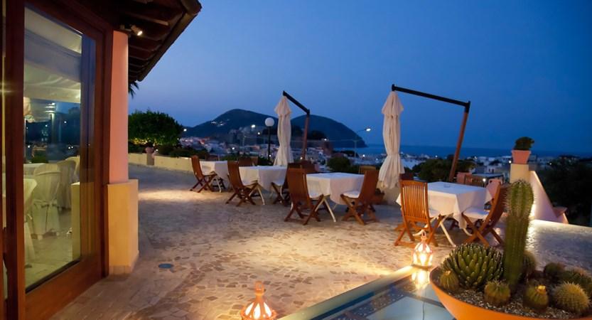 Hotel-Tritone-Terrazzo-Panoramico.jpg