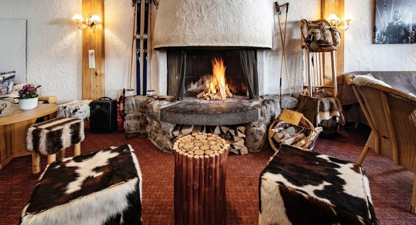 Lobby - Sunstar Hotel Wengen Switzerland.jpg