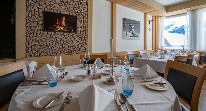 Restaurant - Sunstar Hotel Wengen Schweiz.jpg