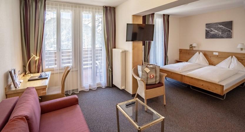 Junior Suite - Sunstar Hotel Wengen Suisse.jpg