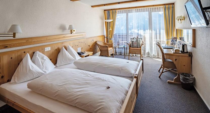Zimmer - Sunstar Hotel Wengen Switzerland (1).jpg