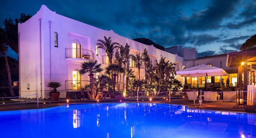 Hotel-Orsa- Maggiore-Pool-Evening.jpg